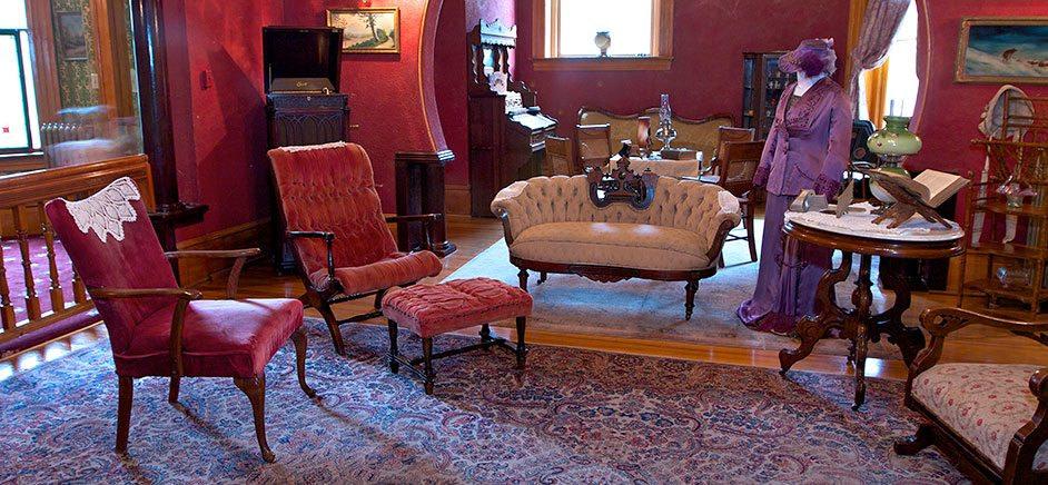 Miramont Castle Museum 4