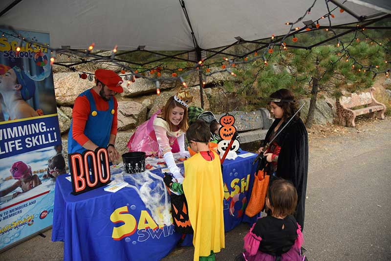 Cheyenne Mountain Zoo boo at the zoo event
