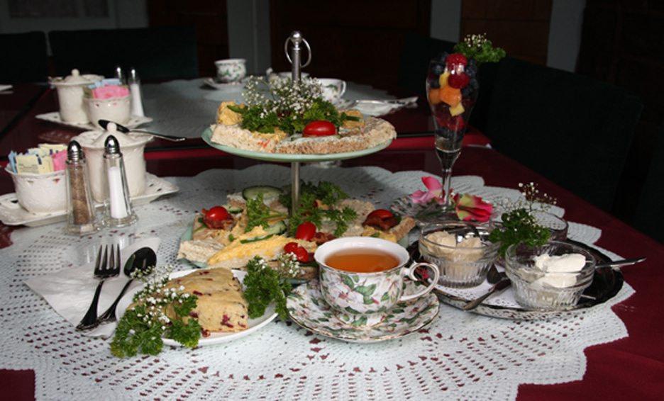 The Queen's Parlour Tea