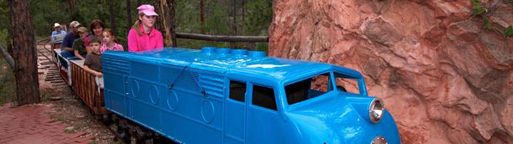 flying w ranch blue train