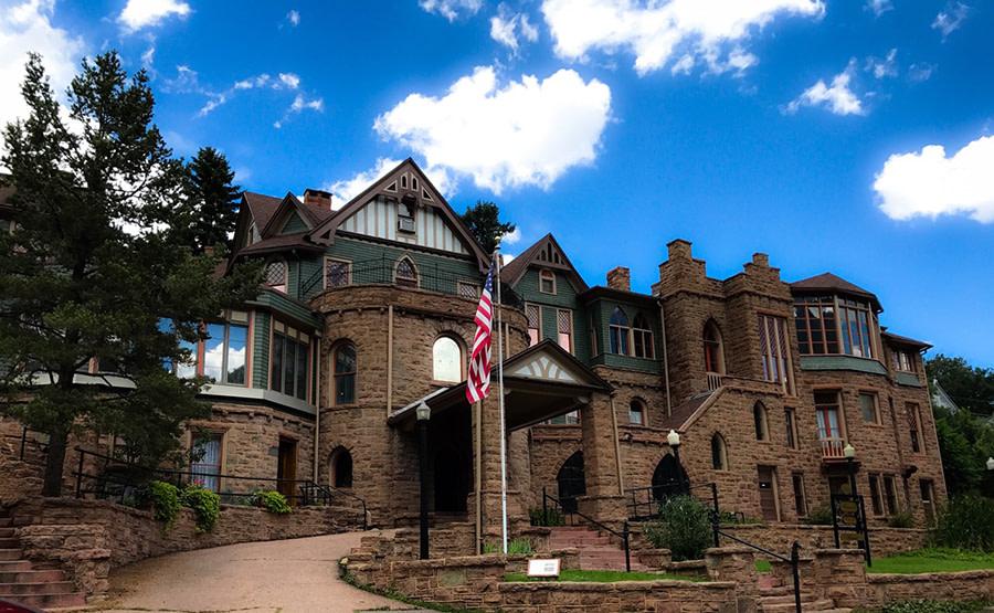 Miramont Castle Outside