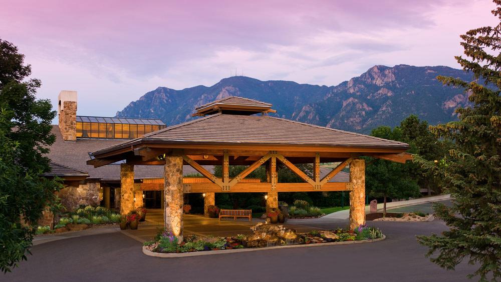 cheyenne mountain resort in colorado springs