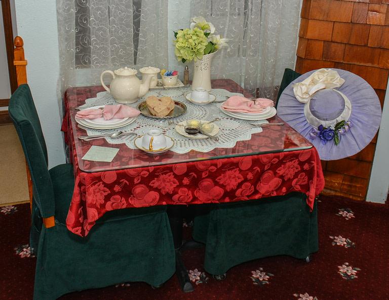 Queen's Parlour Tearoom