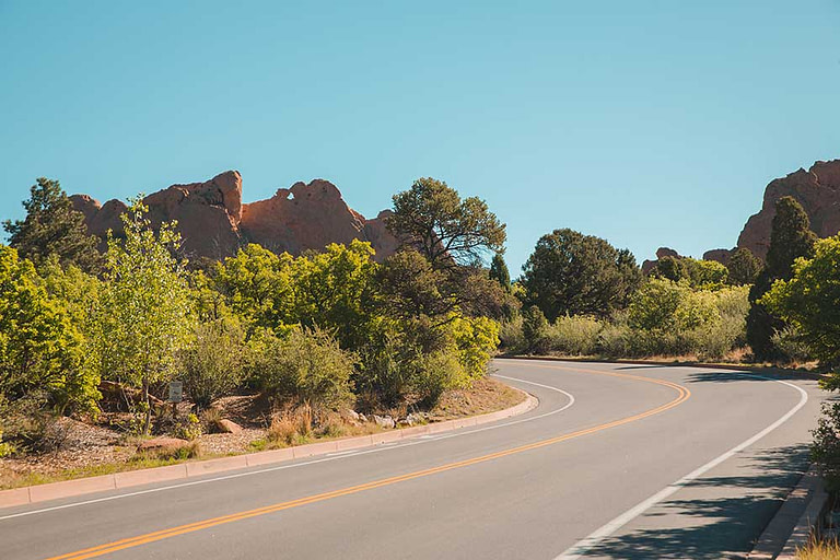 Garden of the Gods Park road with kissing camels