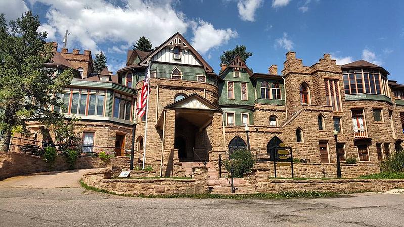 Miramont Castle Front
