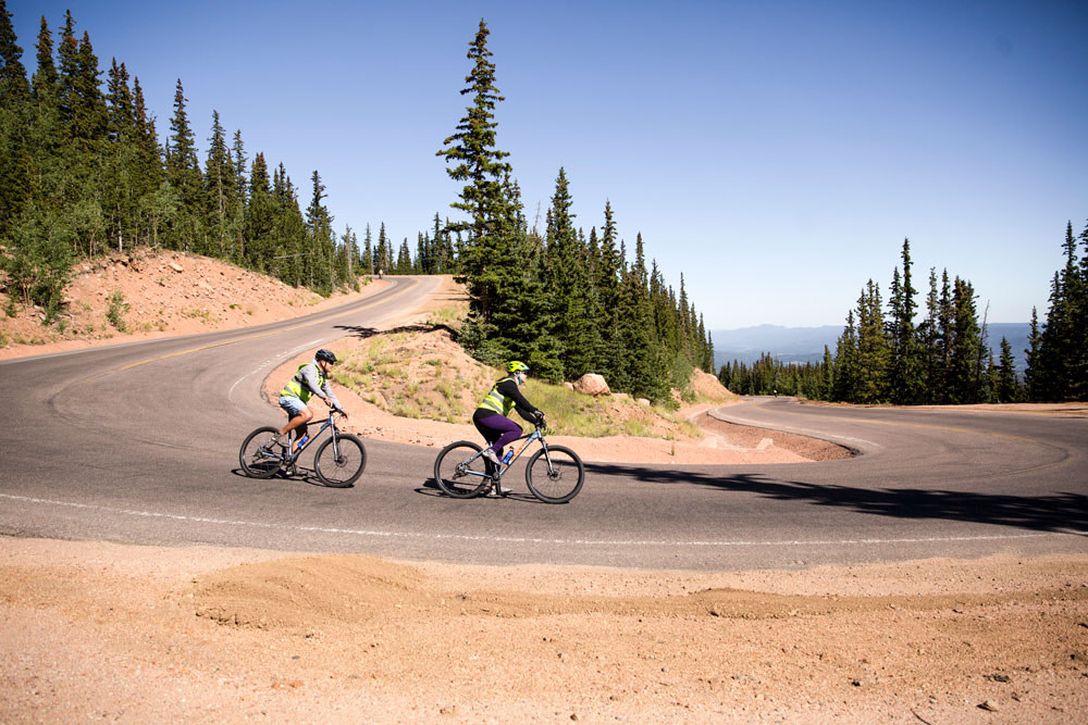 challenge unlimited biking down pikes peak side view