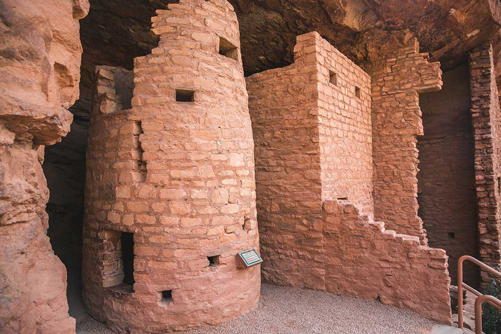 manitou cliff dwellings close up