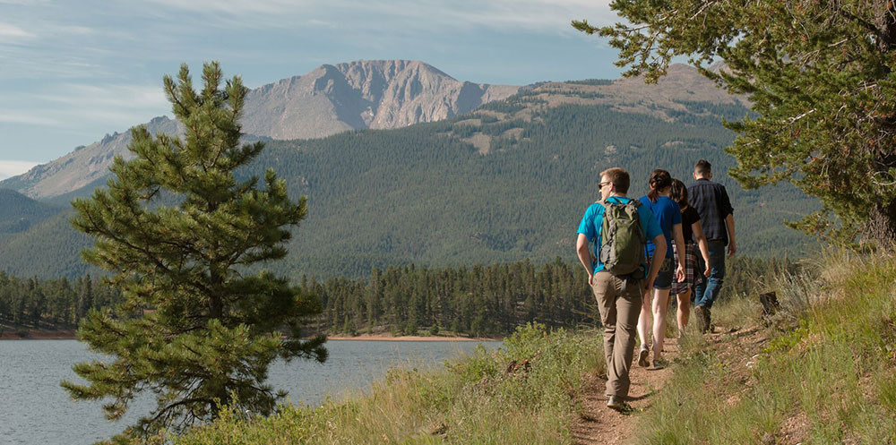 pikes peak hiking