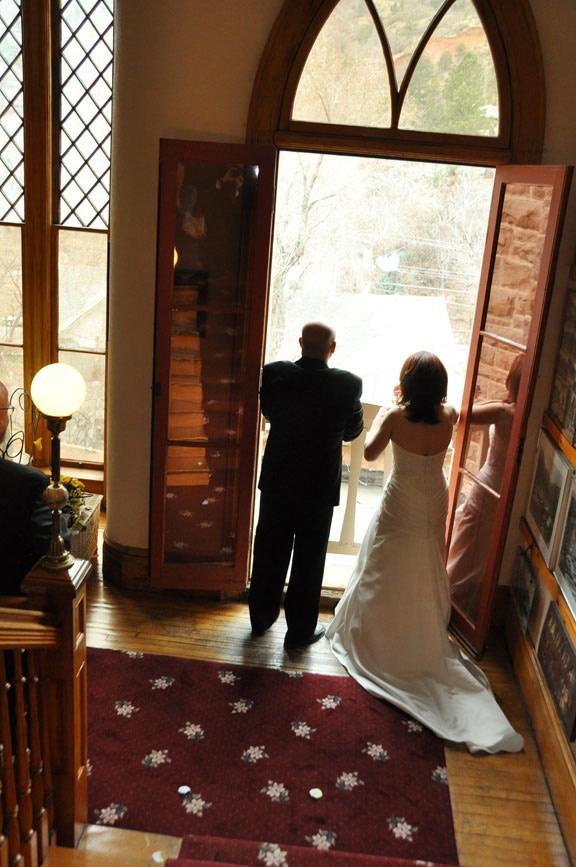 Miramont Castle couple wedding